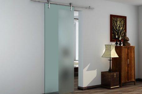4 motive pentru a utiliza uși glisante din sticlă