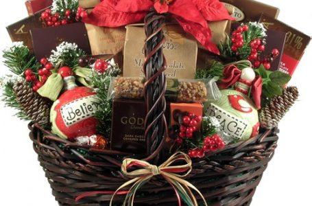 Nu stii ce cadou sa faci persoanelor dragi de Craciun? Alege un pachet cadou inspirat!