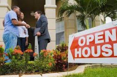 Cât câștigă și ce face un agent imobiliar?