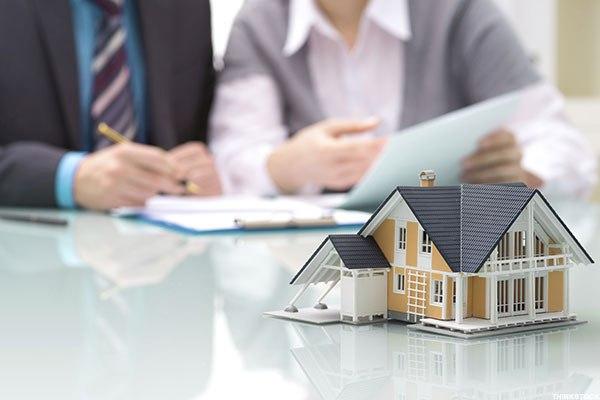 Acreditarea  agentului imobiliar