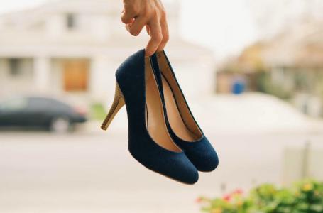 Cum poti curata incaltamintea cand nu ai la indemana crema de pantofi