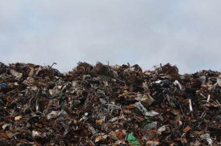 Principalele motive pentru a recicla şi a investi în prese de balotat deşeuri