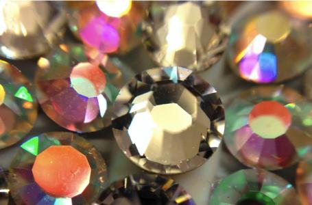 Ce sunt cristalele Swarovski si de ce sunt atat de apreciate in lume?