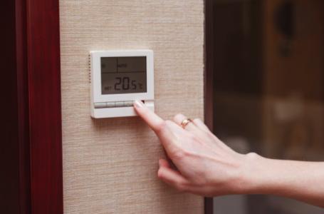 Cum te ajută termostatul să ai o factură mai mică la gaze?