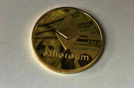 Înainte de a cumpăra Ethereum, ai nevoie de informaţii importante despre această monedă