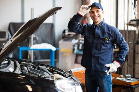 Verifica componentele masinii la un service auto autorizat