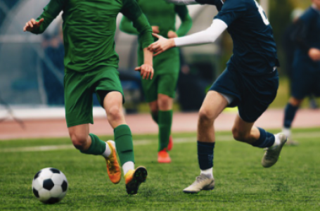 Când trebuie schimbat echipamentul de fotbal cu unul nou?